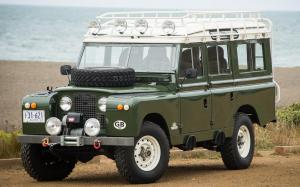 Land Rover Series IIA 109 Station Wagon (Census 6023) '1962