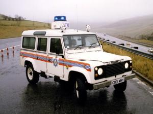 Land Rover Defender 110 County V8 Police 1983 года