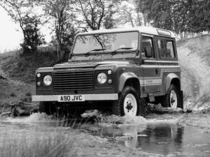 Land Rover Defender 90 County Station Wagon 1983 года