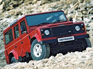 Land Rover Defender 110 Station Wagon 1990 года