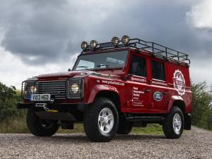 Land Rover Defender 110 Utility Wagon 2009 года (EU)