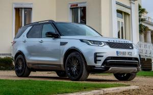 Land Rover Discovery HSE Sd6 Dynamic Design Pack 2017 года (UK)