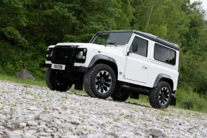 Land Rover Defender 90 Works V8 2018 года