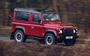 Land Rover Defender 90 Works V8 2018 года (UK)