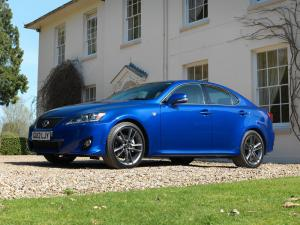 Lexus IS250 2010 года (UK)