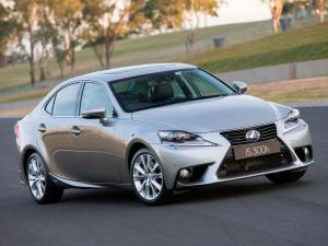 2013 Lexus IS300h