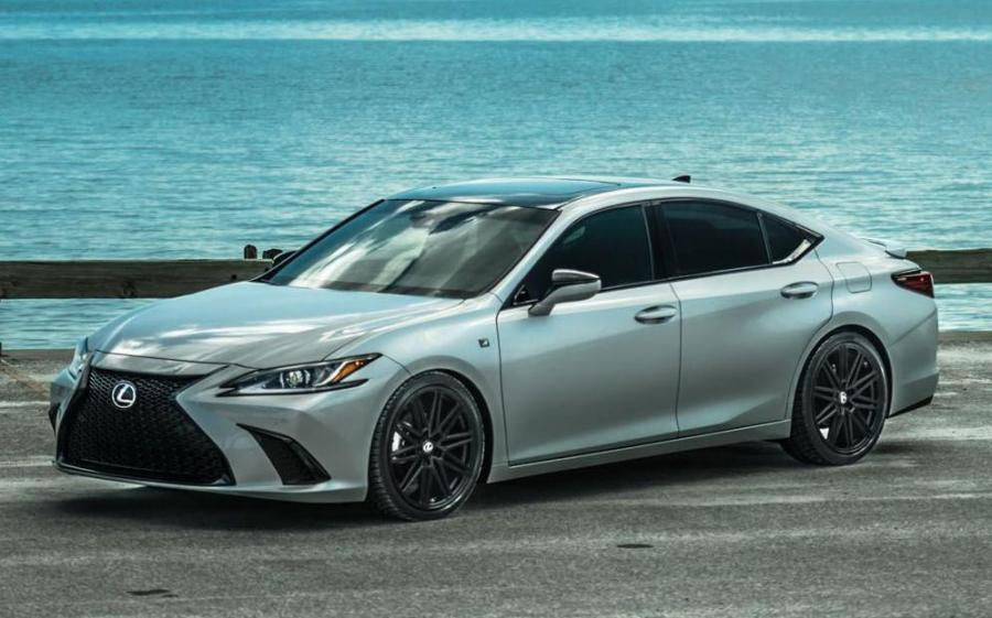Lexus ES350 F-Sport on Voseen Wheels (CV10) '2019