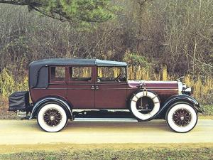 Lincoln Model L Town Car by Brunn 1927 года