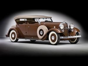 1932 Lincoln Model KB Dual Windshield Phaeton by Brunn