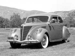 1936 Lincoln Zephyr 2-Door Sedan