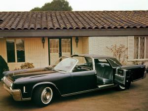 Lincoln Continental Town Brougham Show Car 1964 года