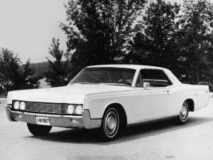 Lincoln Continental Hardtop Coupe 1967 года