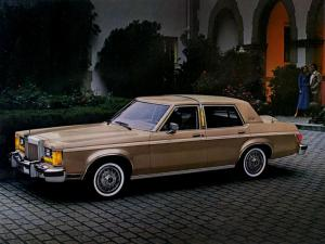 Lincoln Versailles 1980 года