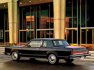 Lincoln Town Car Coupe 1981 года