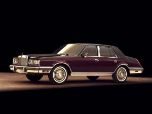 Lincoln Continental 1982 года