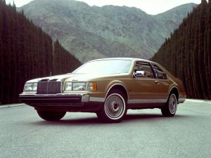 Lincoln Mark VII 1984 года
