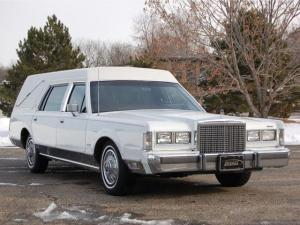 Lincoln Town Car Hearse by The Eagle Coach Company 1987 года