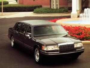 Lincoln Town Car 6-Door Limousine 1992 года