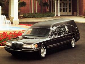 Lincoln Town Car Funeral Coach 1992 года