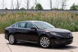 Lincoln MKS EcoBoost 2013 года