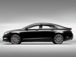 2013 Lincoln MKZ Black Label Center Stage Concept
