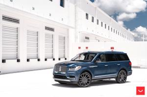 2019 Lincoln Navigator on Vossen Wheels (HF6-1)