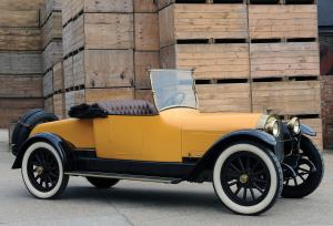 1915 Locomobile Model 48 Roadster