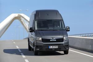 MAN TGE 5.180 Van Long High Roof 2017 года