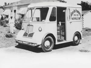 1946 Marmon-Herrington DeliVr-All Van