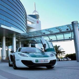 McLaren MP4-12C Dubai Police Car 2013 года