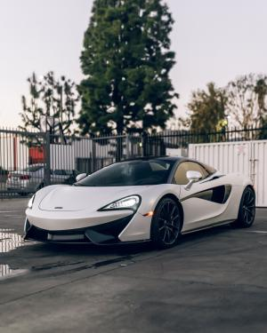 Mclaren 570S Coupe by Impressive Wrap 2019 года