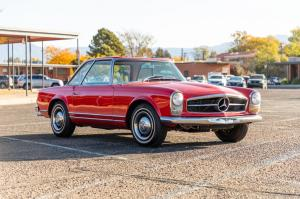 Mercedes-Benz 230 SL 1966 года