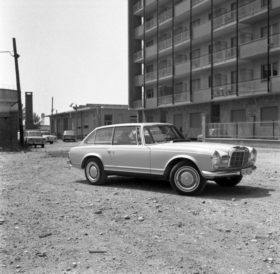 1966 Mercedes-Benz 230SLX Shooting Break by Frua