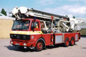 Mercedes-Benz SK 2228 Angloco-Bronto Skylift Aerial Ladder Platfrom 1990 года