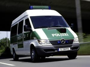 Mercedes-Benz Sprinter Polizei 2000 года
