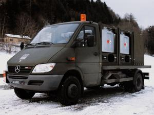 Mercedes-Benz Sprinter 616CDI KBS 2002 года