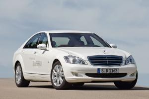 2009 Mercedes-Benz S400 BlueHYBRID