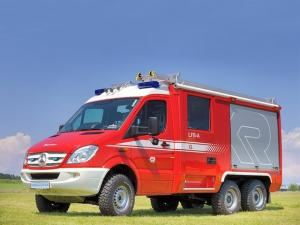 2010 Mercedes-Benz Sprinter CL LFB-A 6x6 by Rosenbauer