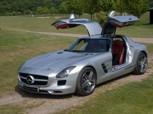 2011 Mercedes-Benz SLS AMG by Kubatech