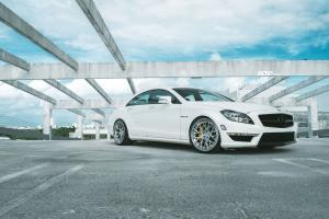 2013 Mercedes-Benz CLS63 AMG on ADV.1 Wheels (ADV10.0 Track Spec CS)
