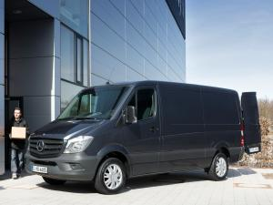 Mercedes-Benz Sprinter Van 2013 года