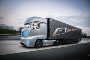 2014 Mercedes-Benz Future Truck 2025