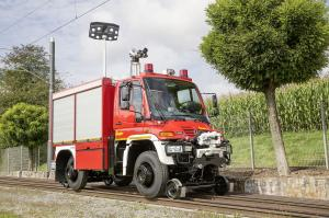 2014 Mercedes-Benz Unimog U400 TLF FFV Road-Railer