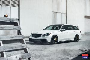 Mercedes-AMG E63 Estate by RENNTech on Vossen Wheels (VWS-3) 2016 года