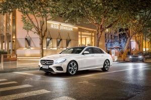 2016 Mercedes-Benz E320 L AMG Line 4Matic