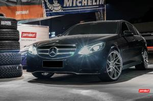 Mercedes-Benz E400 AMG Line on Vossen Wheels (VPS-314T) 2016 года