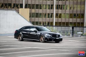 Mercedes-Benz E63 AMG on Vossen Wheels (VWS-1) 2016 года