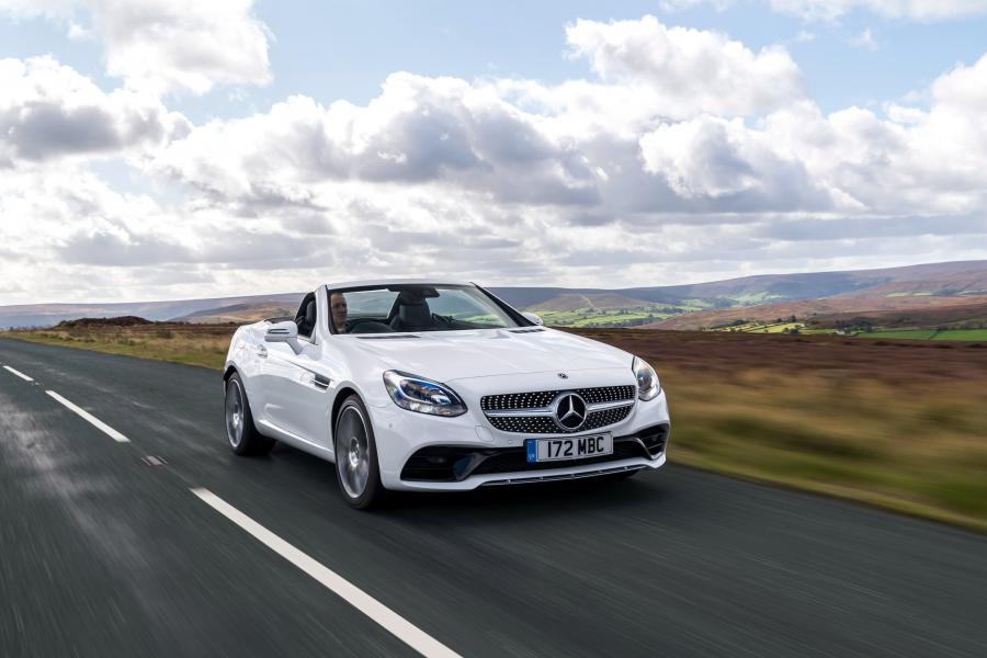 2016 Mercedes-Benz SLC180 AMG Line (UK)