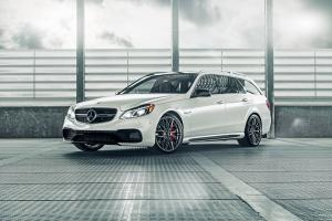 Mercedes-AMG E63 Estate on Vorsteiner Wheels (V-FF 107)