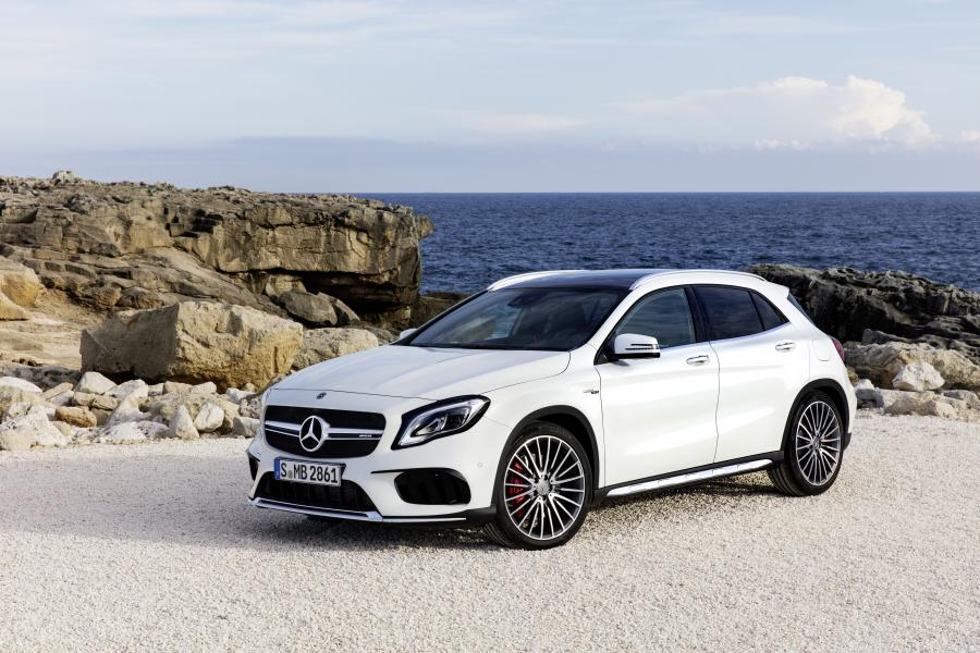 2017 Mercedes-AMG GLA45 4Matic (WW)